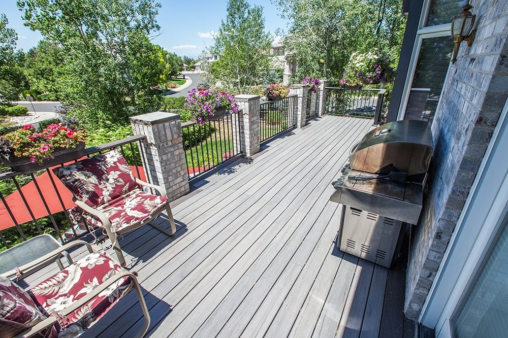 Deck & Cover by Piche Building & Design